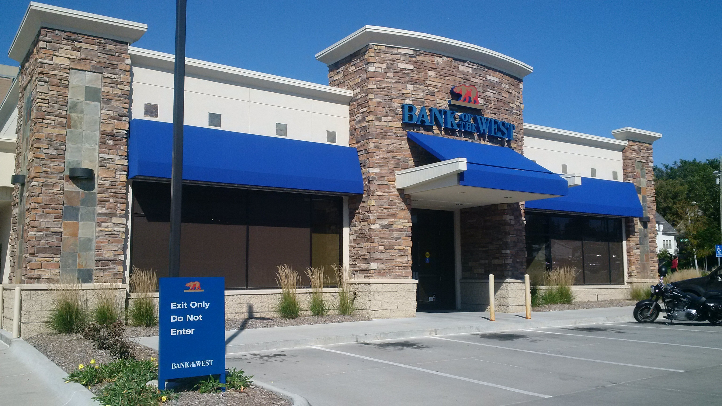 bank of the west branch locations omaha