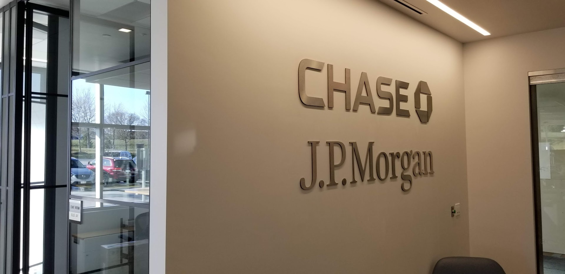 JP Morgan Chase Office in Omaha NE