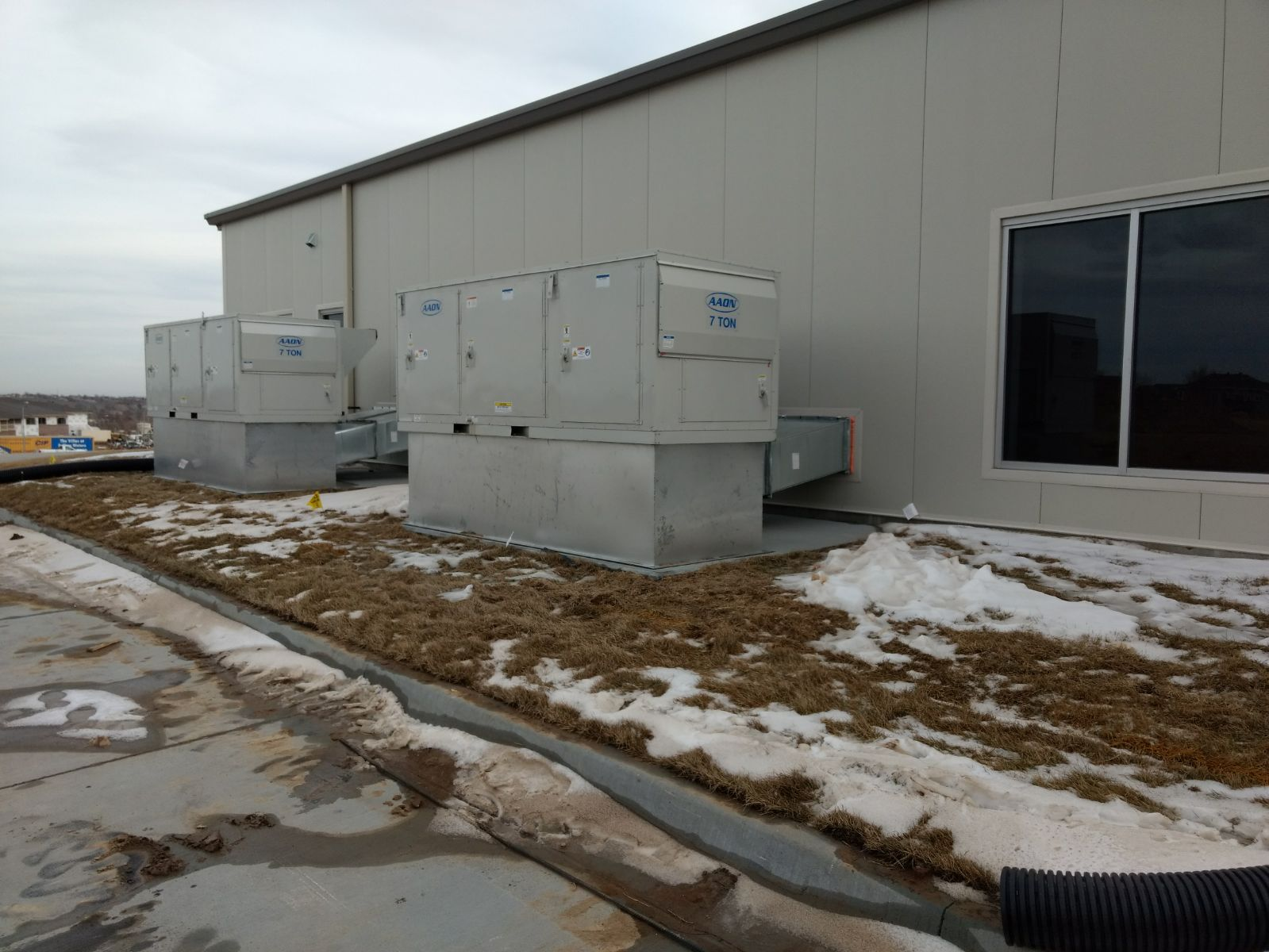 Aaon Units Set HVAC Project at Water's Edge Church in Omaha - New Construction