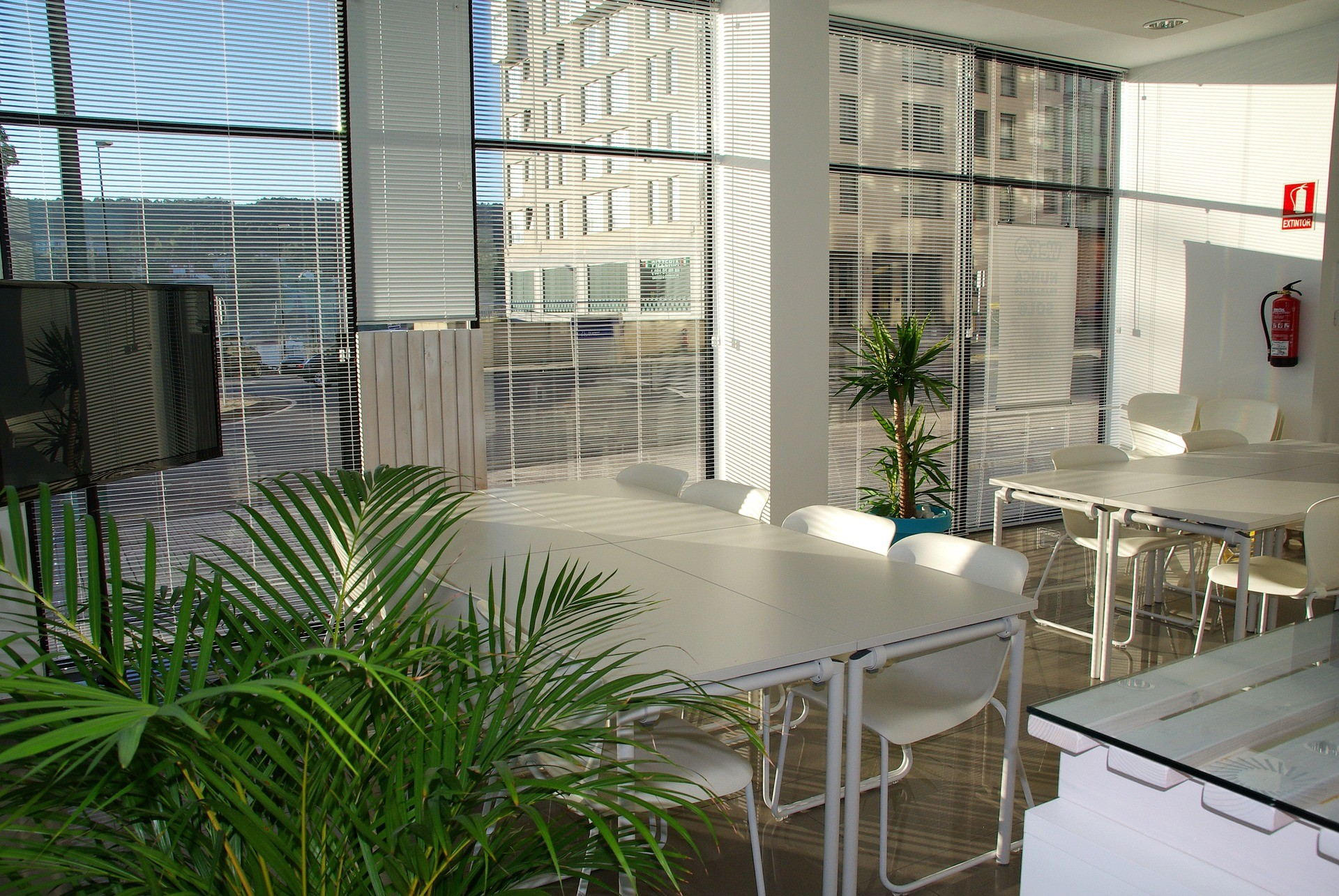 office environments are more pleasant when humidity is managed as part of the overall climate